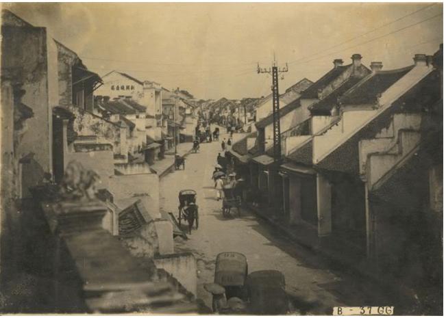Phần lớn nhà ở những năm đầu thế kỷ 20 tại khu 36 phố phường vẫn là nhà ống cổ truyền