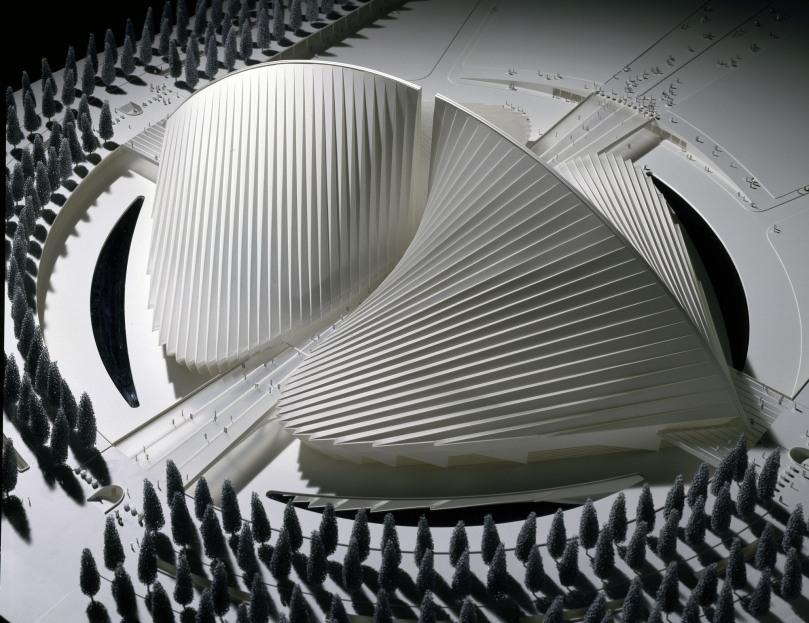 529f7cd0e8e44ef5dc000009_santiago-calatrava-the-metamorphosis-of-space_03