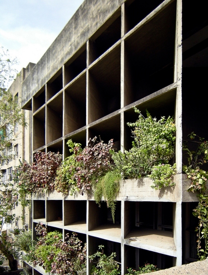 52b31afce8e44e5f02000023_ad-classics-mill-owners-association-building-le-corbusier_mill_owners_mahemot_7