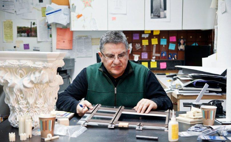 Richard Tenguerian, bậc thầy làm mô hình