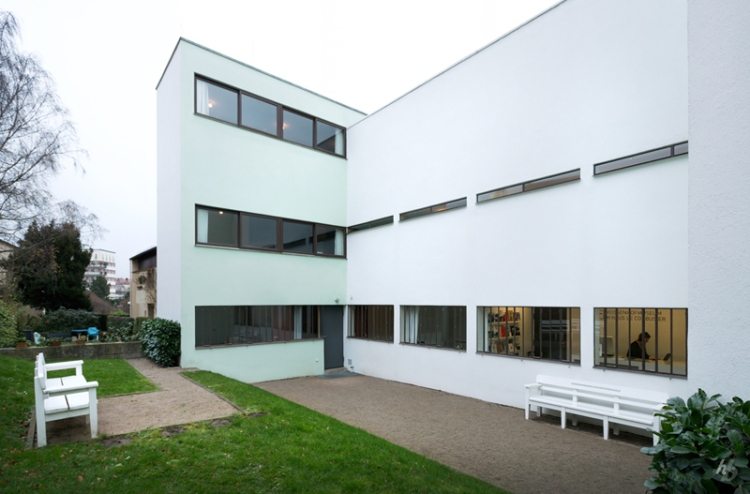 5318d150c07a806cd900014c_ad-classics-weissenhof-siedlung-houses-14-and-15-le-corbusier-and-pierre-jeanneret_13_hb_7139